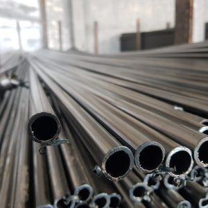 Трубы сварные <br>с толщиной 0,5 - 1,8мм <br>тонкостенные