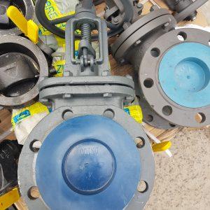 Задвижки стальные <br>ДУ50-1400 <br>30с41нж <br>литые, клиновые